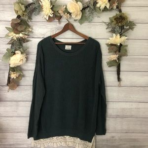 Urban Outfitters Green Oversized Sweater sz S ✨
